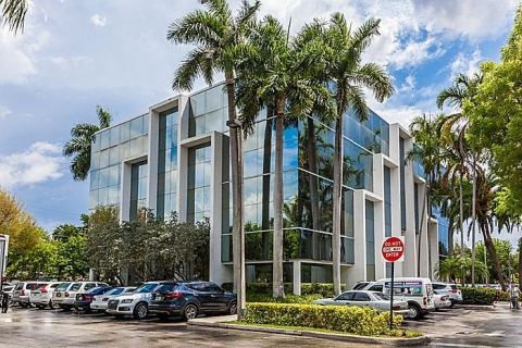 Venture Medical and Office Building in North Miami Beach. (Photo: Business Wire)
