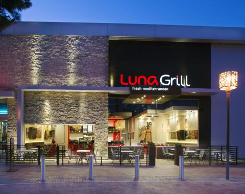 Luna Grill recently opened their 18th location, at Westfield Shopping Center, in Carlsbad, CA (Photo: Business Wire)