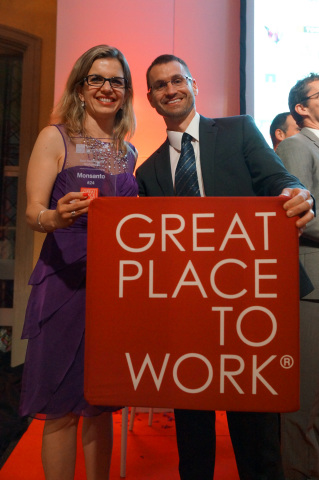 Leticia Gonçalves, President of Monsanto Europe, and Joe Froehlich, Human Resources lead for the company, celebrate Monsanto's being named one of the Best Workplaces among multinational employers for 2015 by the Great Place to Work Institute. (Photo: Business Wire)