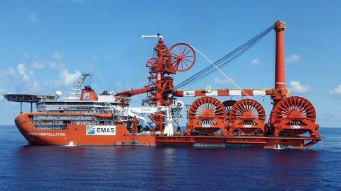 Lewek Constellation sets record during pipelay trials, tension recorded at 632mT, rendering this the ...