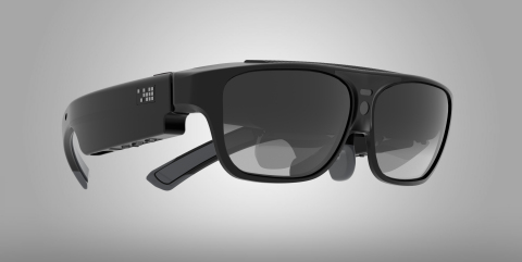 The ODG R-7s are the world's most advanced mobile Smart Glasses. Featuring stunning ultra-transparent 3D stereoscopic displays and packed with innovative technologies in an all-new dramatically smaller, lighter and sleeker design (Photo: Business Wire)