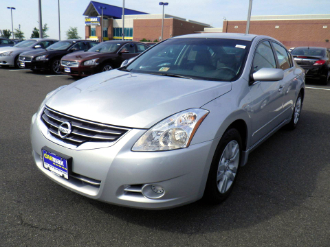 The Nissan Altima was the No. 1 choice for used car shoppers at CarMax for the second year in a row. ...