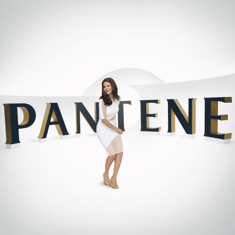 Pantene's new Brand Ambassador Selena Gomez behind-the-scenes at her Pantene advertising shoot. (Photo: Business Wire)