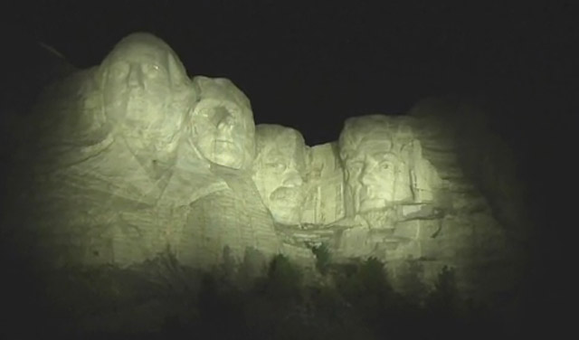 Musco's precise LED lighting solution creates a new experience for Mount Rushmore visitors.  See what park officials have to say.