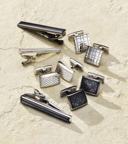 With a wide assortment of fashion and home gifts that will please any Dad, Macy's is the ultimate Father's Day gift destination; Ryan Seacrest Distinction Tie Clips ($29.50-$35) and Cufflinks ($42.50-$45) (Photo: Business Wire)