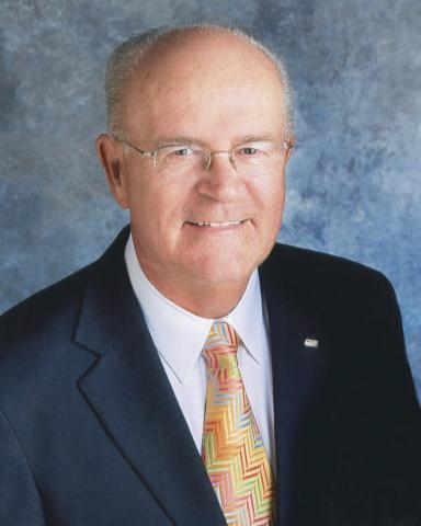 庫克集團總裁 Kem Hawkins將於7月退休(照片:美國商業資訊)