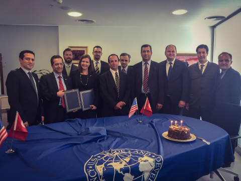 Representatives from United States Trade and Development Agency (USTDA), Kayseri ve Civarı Elektrik Türk A.Ş. (KCETAŞ) and OSIsoft LLC at the signing ceremony to support Smart Grid technology pilot in Turkey -- (Photo: Business Wire)