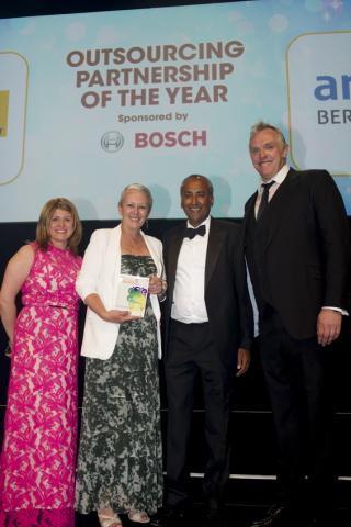 arvato UK and Renault UK Partnership Wins Major European Customer Service Award (Photo: Business Wir ...