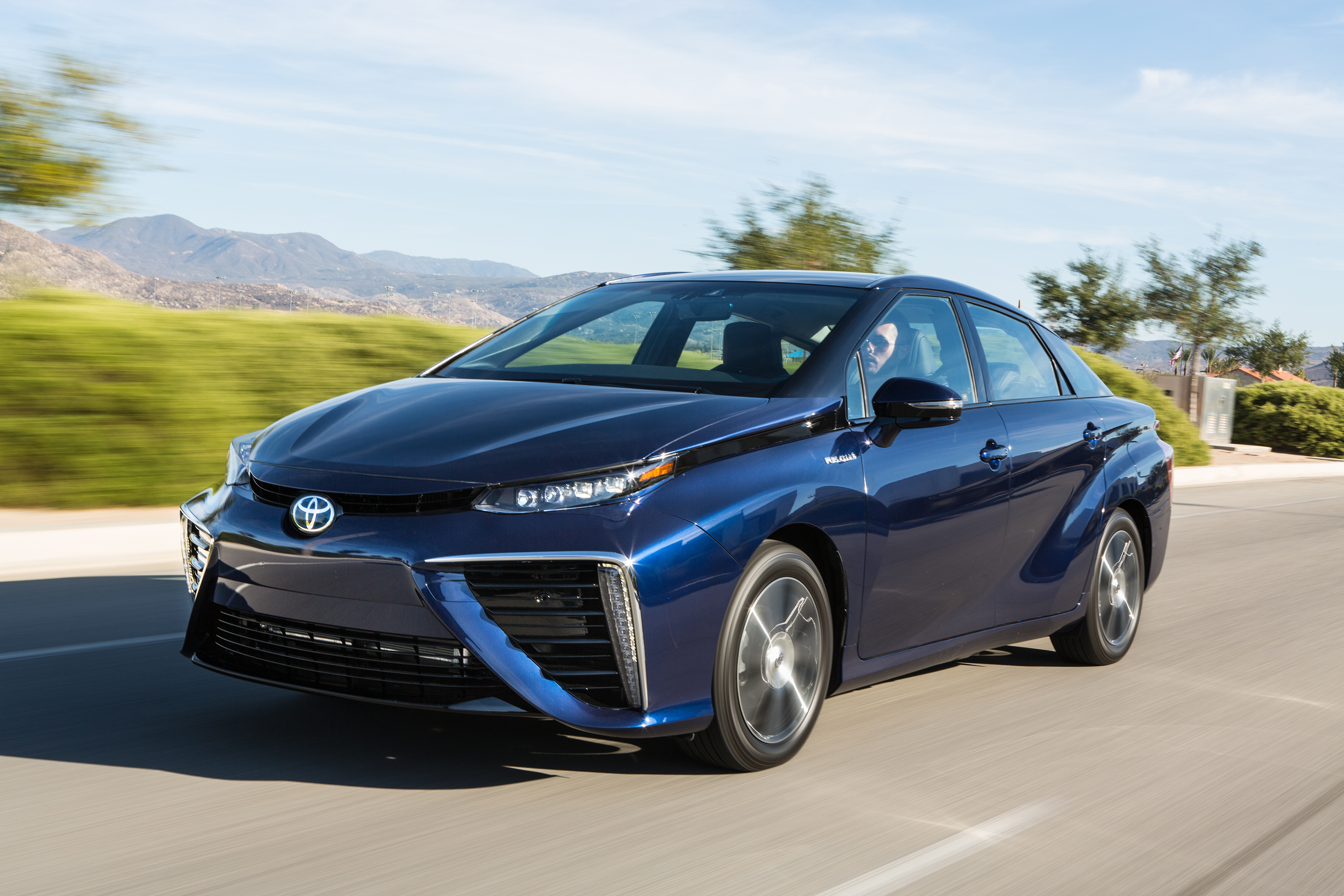 Toyota Official Site >> It S Official Toyota Mirai Goes The Distance Business Wire