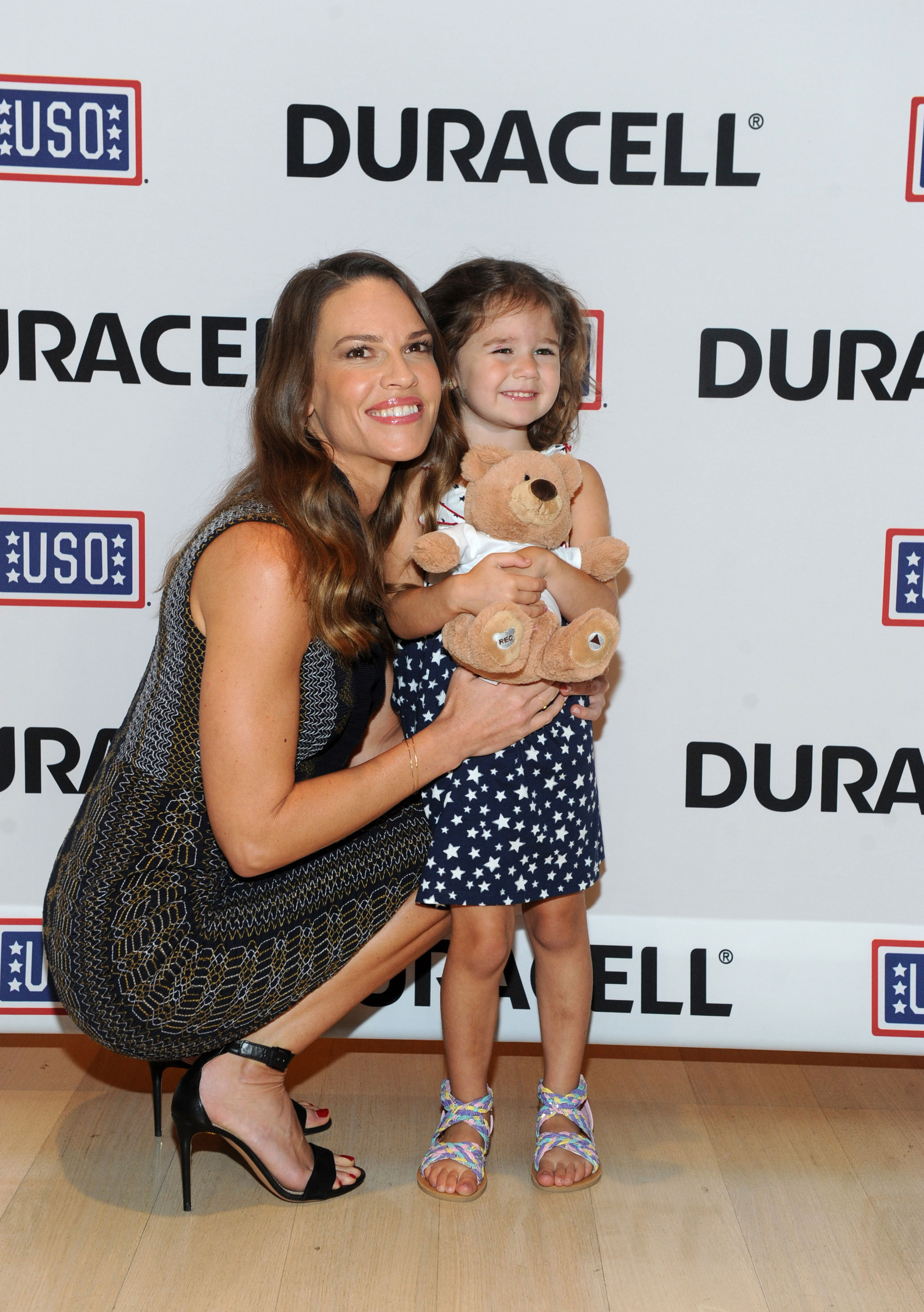 Hillary Swank Adding Multimedia Duracell And Acclaimed Actress Hilary Swank