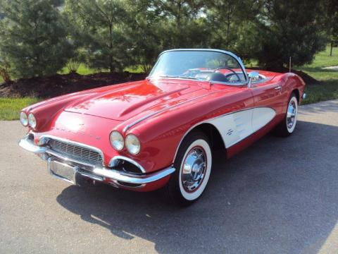 Axalta will feature Bill Weber's 1961 Chevrolet Corvette painted with Cromax® Roman Red and Ermine White Basecoats and ChromaPremier® 72500S™ Premium Appearance Clearcoat. (Photo: Axalta)