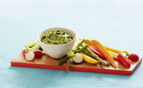 California Avocado Spinach and Greek Yogurt Dip (Photo: Business Wire)