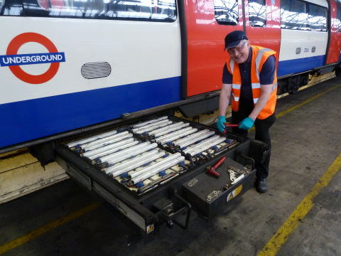 Saft's Colin Tremlett with new batteries on board a Northern Line train. (Photo: Business Wire)