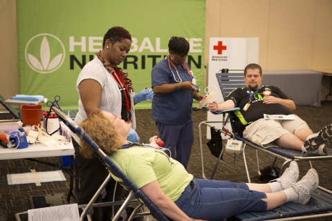 Independent Herbalife member donates blood at Herbalife's annual North America Extravaganza in St. Louis, MO (Photo: Business Wire)