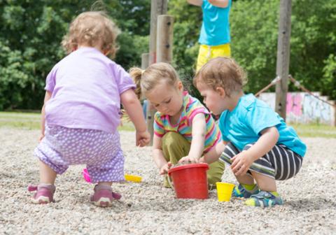 """Pampers startet """"Deutschland wird Kinderland""""-Initiative (Photo: Business Wire)"""
