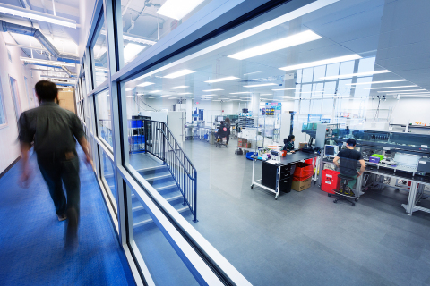A viewing deck allows visitors to Ginkgo Bioworks to look into the manufacturing floor-like environment of their organism engineering foundry, Bioworks1. (Photo: Business Wire)