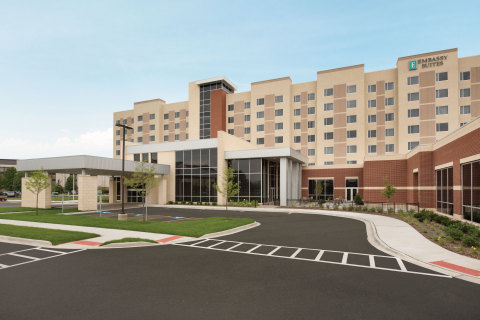 Embassy Suites by Hilton announces the opening of its newest property in Illinois, Embassy Suites by Hilton Chicago-Naperville, making it the largest convention center in Naperville. (Photo: Hilton Worldwide)