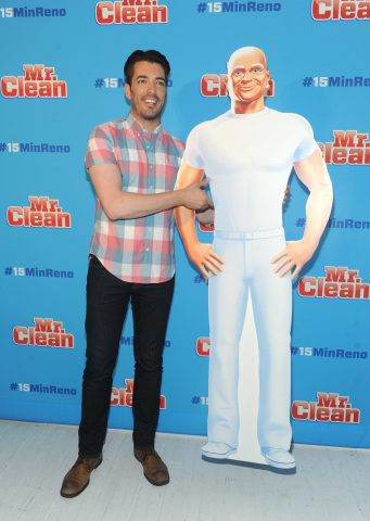 Home renovation expert Jonathan Scott joins Mr. Clean to demonstrate #15MinReno tips and tricks with the Magic Eraser and Concentrated Multi-Surface Cleaner, Tuesday, July 28, 2015 in New York. (Photo by Diane Bondareff/Invision for Mr. Clean/AP Images)