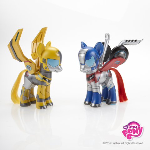 """BUMBLEBEE and OPTIMUS PRIME are true BFFs – Bot Friends Forever! The MY LITTLE PONY brand has """"rolled out"""" pony versions of the TRANSFORMERS AUTOBOTS pals in celebration of International Day of Friendship on July 30, 2015. Follow #MLPFriendshipDay and stop by the MY LITTLE PONY Facebook page to see pony versions of four other iconic best friends throughout pop culture history: http://facebook.com/mylittlepony (Photo: Business Wire)"""