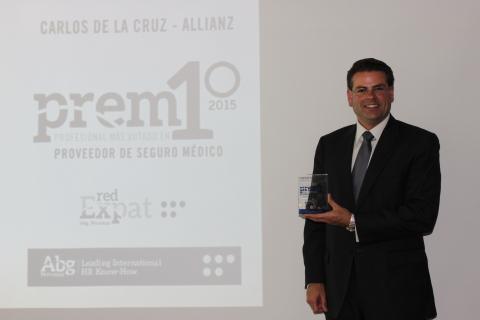 Allianz Worldwide Care obtiene el premio al Proveedor de Seguros Más Profesional (Foto: Business Wir ...