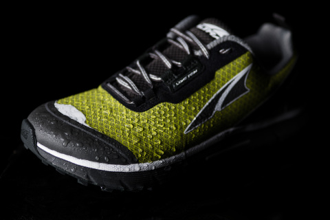 The new Altra Lone Peak Neoshell trail shoe is innovative because Altra's design using Polartec's Neoshell performance fabric eliminates the traditional booty construction for waterproof shoes.  The Altra Lone Peak Neoshell shoe marks the first time Neoshell fabric has been used in a shoe. (Photo: Business Wire)