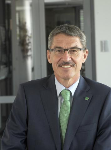 マン・ウント・フンメル・グループの最高経営責任者(CEO)兼ゼネラルマネジャーのAlfred Weber(写真:ビジネスワイヤ)