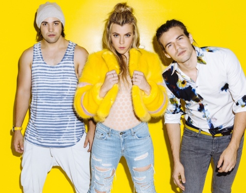 The Band Perry, from nearby Greeneville, Tennessee, will perform at Dollywood as part of the Showcase of Stars on Saturday, Sept. 19. (Photo: Business Wire)