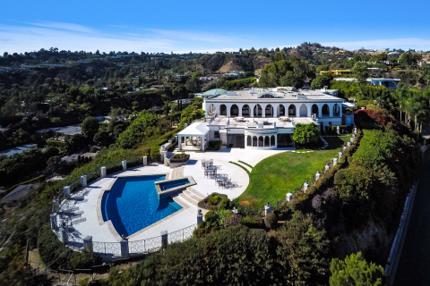 The former Danny Thomas estate located at 1187 N. Hillcrest Road atop Beverly Hills (Photo: Business Wire)