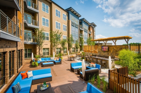 Amenity-rich final building completed at Gables Upper Rock. (Photo: Business Wire)