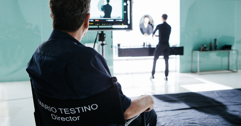 Behind the scenes of Mario Testino's Huawei Watch photography shoot (Photo: Business Wire)
