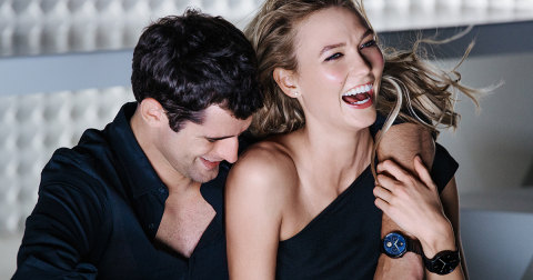 Behind the scenes of Mario Testino's Huawei Watch photography shoot with Sean O'Pry and Karlie Kloss (Photo: Business Wire)