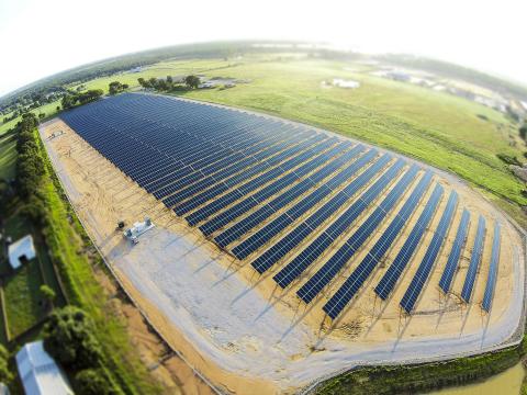 The CoServ Solar Station in Denton County, Texas, features 8,448 of SolarWorld's 315-watt, 72-cell solar panels. (Photo: Ken Oltmann/CoServ)