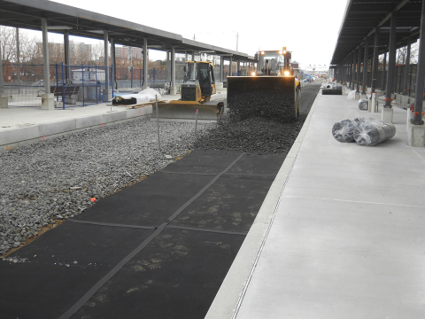 Getzner Werkstoffe: The resilient ballast mats achieved the required vibration protection in a single layer. Image copyright: Getzner Werkstoffe, may be published free of charge (Photo: Business Wire)