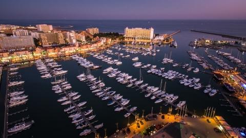 维拉摩拉码头(照片:美国商业资讯)