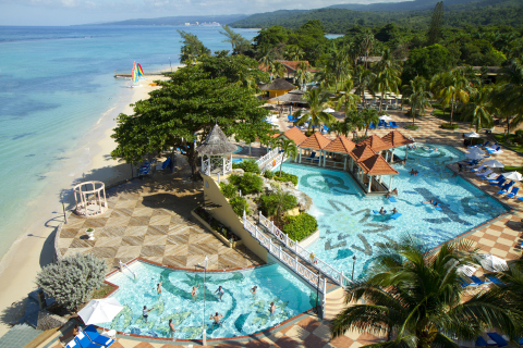 Curio - A Collection by Hilton Debuts Second Jamaica Hotel: Jewel Dunn's River Beach Resort & Spa, Ocho Rios (Photo: Business Wire)