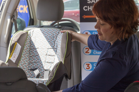 The Texas Department of Transportation offers free safety seat checks year-round. (Photo: Business Wire)