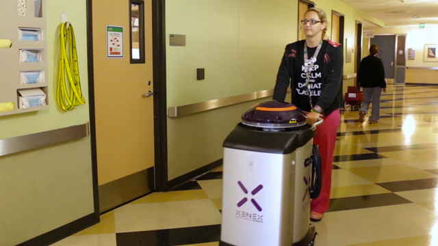 Video of CHLA Xenex robot cleaning patient room.