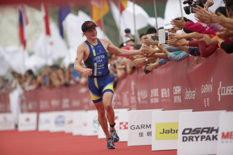 Eric Lagerstrom Wins 2015 Beijing International Triathlon. Photo Credit: Rocky Arroyo