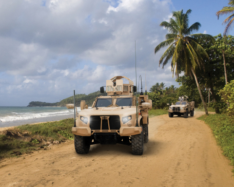 Oshkosh Defense Showcases JLTV at Modern Day Marine (Photo: Business Wire)
