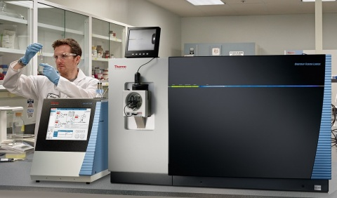 The new Thermo Scientific EASY-nLC 1200 system with a pressure capacity of 1200 bar is designed to provide effortless separation performance and high-throughput capacity for proteomics applications. (Photo: Business Wire)