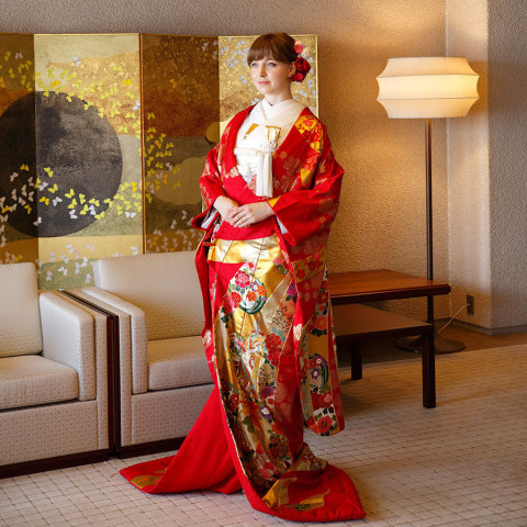 Staying guests can experience a Genuine Japanese wedding kimono which is usually only available to brides holding a traditional Japanese wedding ceremony in Japan (Photo: Business Wire)