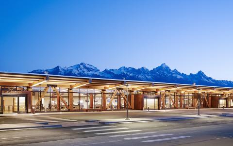 2015 Institutional Wood Design winner, Jackson Hole Airport, Jackson Hole, WY, Architect: Gensler, E ...