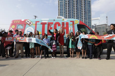 Mona Charif, Vice President of Marketing and Communications, Dell Services, and Colleen Walker, Chief Executive Officer of the Perot Museum of Nature and Science, unveil the new Perot Museum TECH Truck, powered by Dell. (Photo: Business Wire)