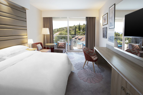 Starwood Hotels & Resorts - Sheraton Dubrovnik Riviera Hotel - Room (Photo: Business Wire)