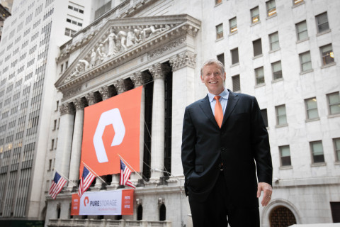 Pure Storage CEO Scott Dietzen outside the NYSE on IPO day.  (Photo: NYSE)