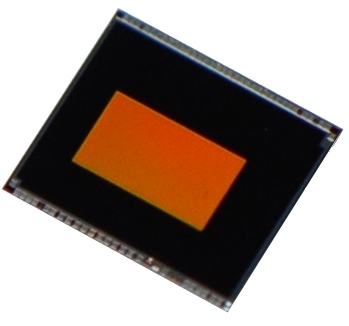 "Toshiba: ""T4KE1"", a near-infrared 2.1 megapixel (MP) BSI CMOS image sensor that supports iris recognition on mobile devices. (Photo: Business Wire)"