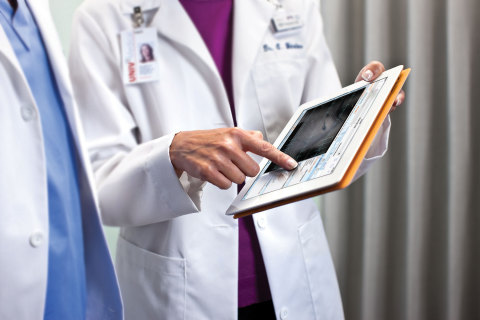 Carestream has obtained FDA Clearance for diagnostic reading of ECG waveforms on mobile tablets using its Vue Motion universal viewer. (Photo: Business Wire)
