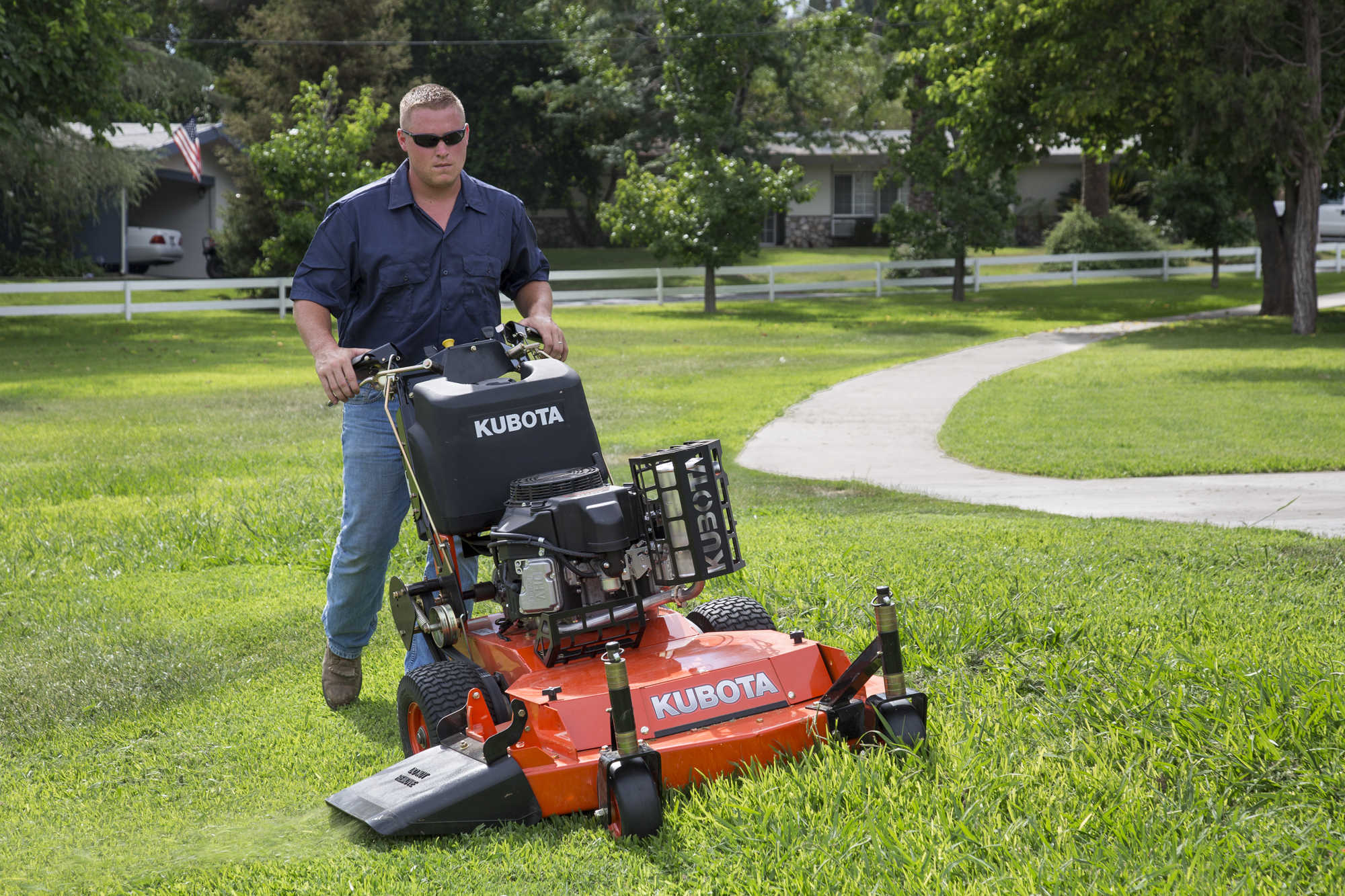 Very commercial mower daddys