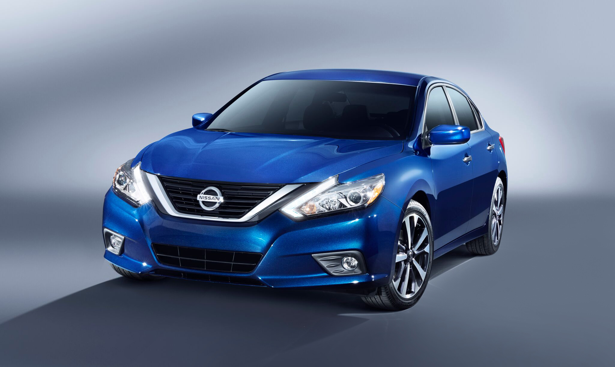 Nissan Altima Gets Pricing, Enters Production in Tennessee