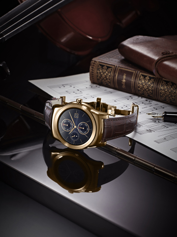 LG Watch Urbane Luxe. Handcrafted smartwatch is more jewelry than wearable. (Photo: Business Wire)